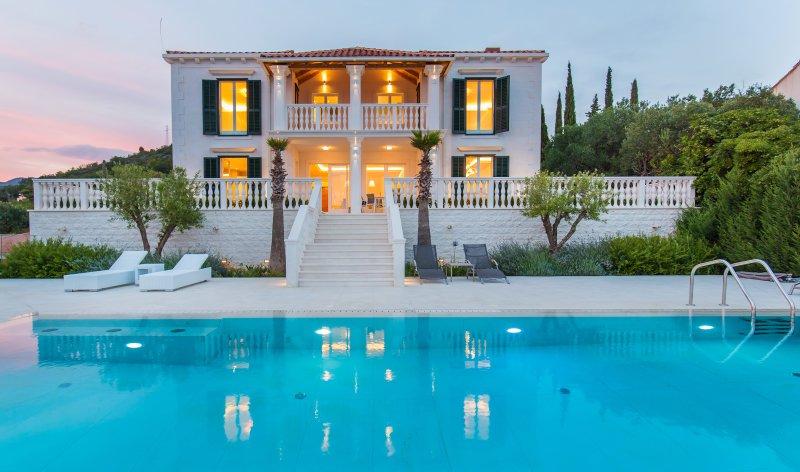Villa Touran Dubrovnik, holiday rental in Orasac