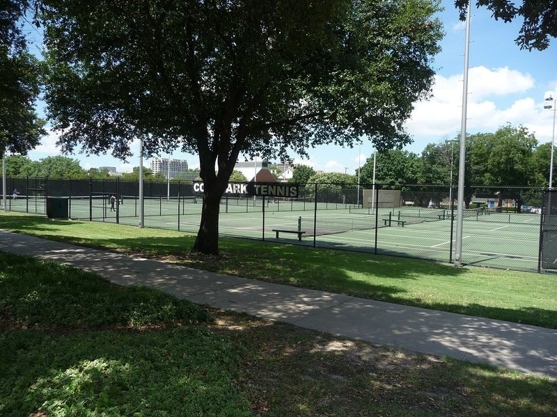 Free Tennis at Cole Park – Three Block Away