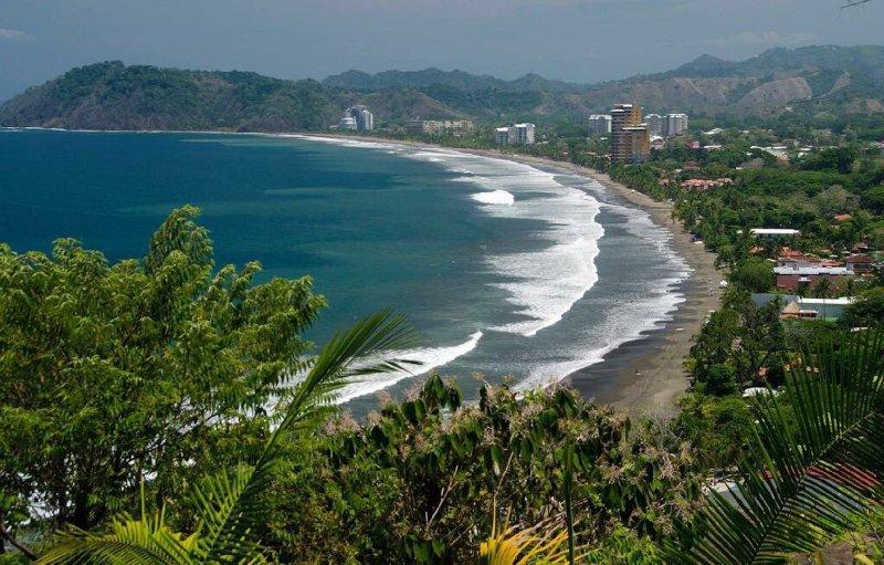 Vista Las Palmas highrise on the beautiful cinnamon sands of Jaco, Costa Rica