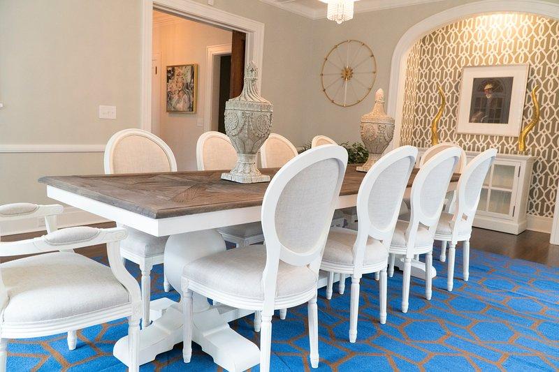 12 pessoa confortável sala de jantar