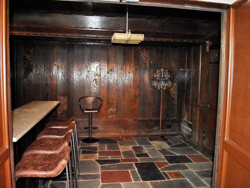 Original bar speakeasy Escondido da 1918. Donald Ross e tufos tinha bebidas aqui!