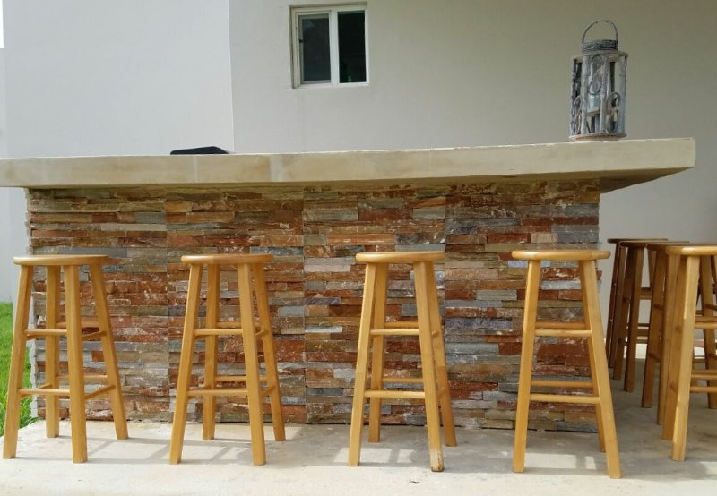 Patio/Outdoor bar with BBQ! Relax and enjoy!