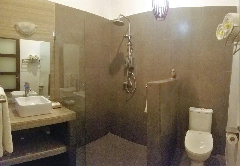 Villa Barat - Pisang Room