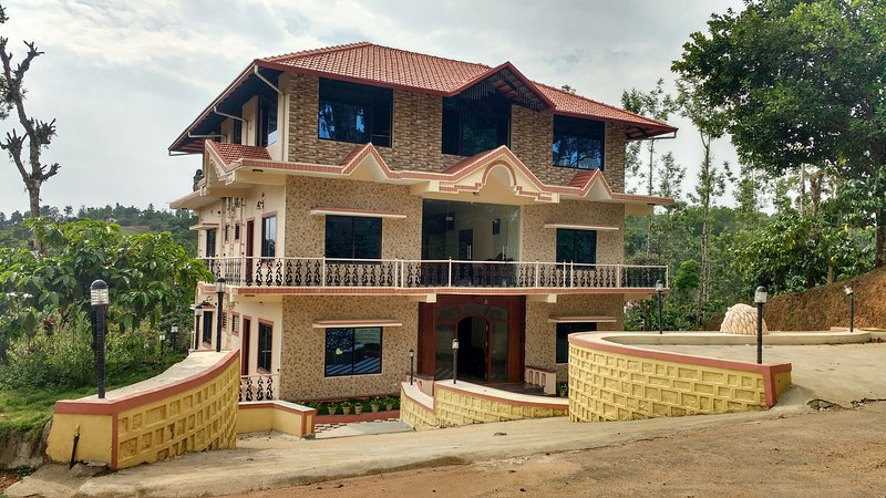 TripThrill Sapthagiri Royal-7, holiday rental in Madikeri Taluk