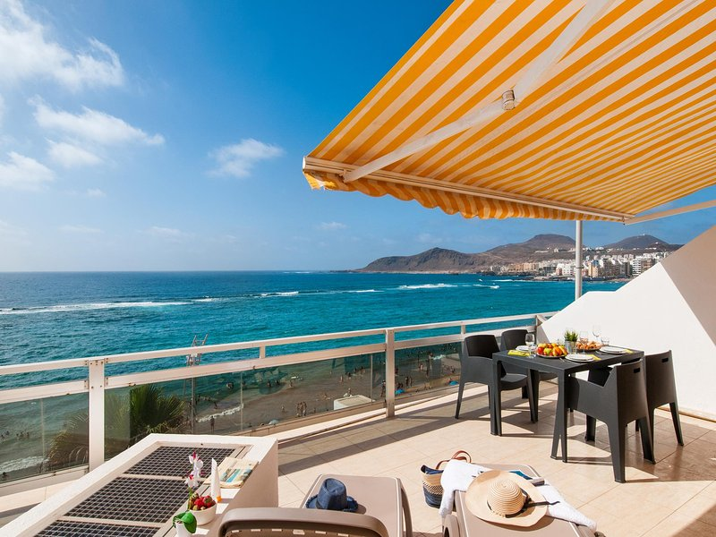 Apartment Marsin Las Canteras with Terrace, vacation rental in Las Palmas de Gran Canaria