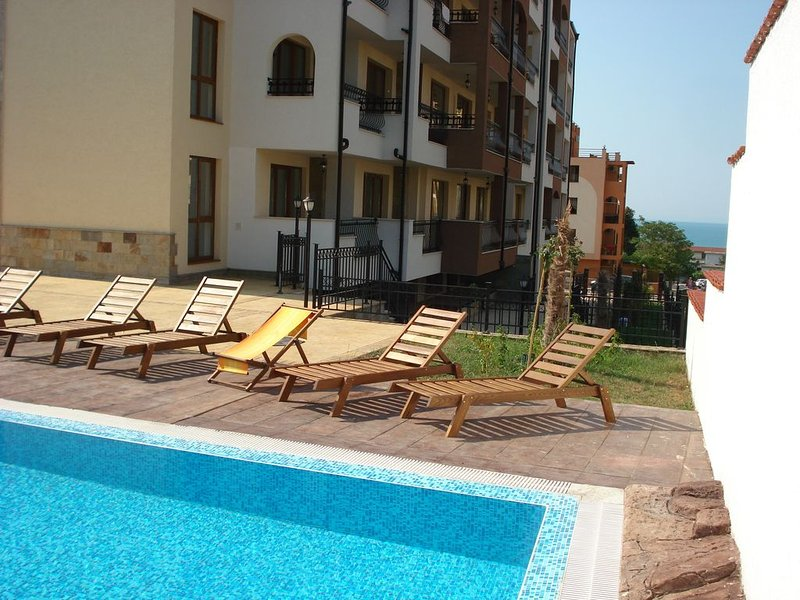 Marina Park Sveti Vlas - Modern one bedroom apartment in a luxury complex, vacation rental in Sveti Vlas
