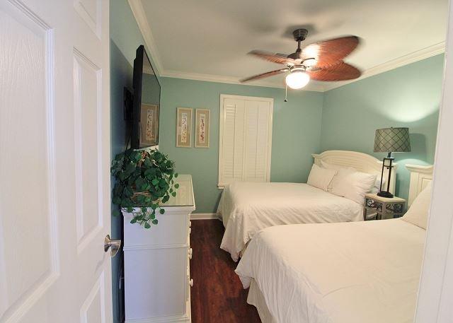 2 quartos com 2 camas de casal
