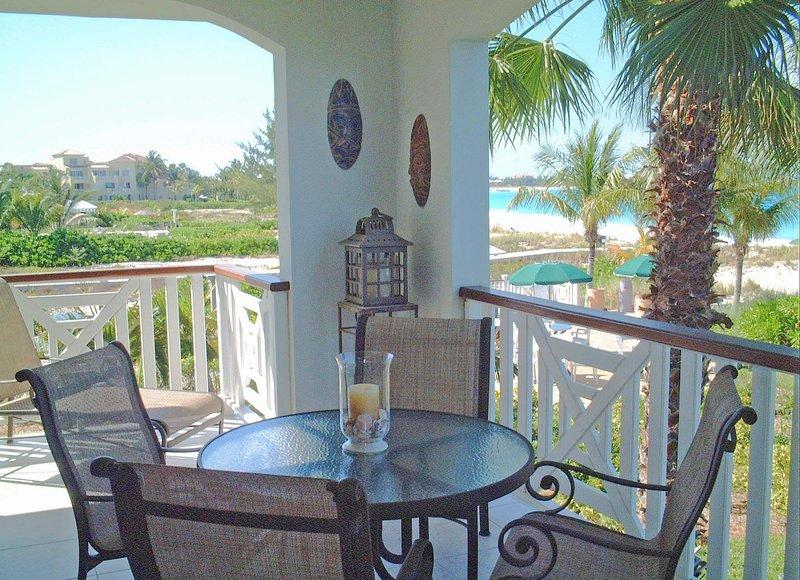 terraza envolvente permite vistas panorámicas hacia arriba y abajo Grace Bay