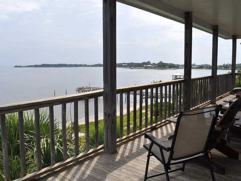 Seahorse Landing #503 Beautiful Gulf Front Vacation Condo Rental Cedar Key, FL, vacation rental in Cedar Key