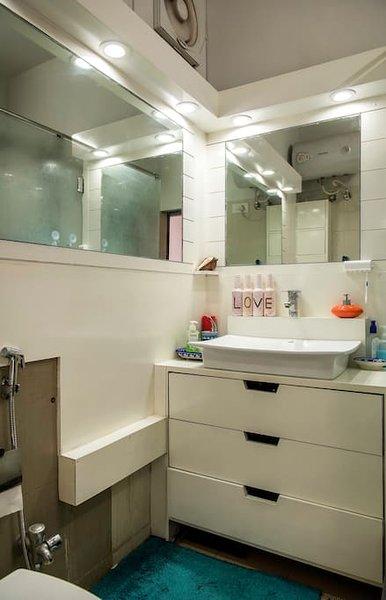 Waschraum mit Schlafzimmer Nummer 1