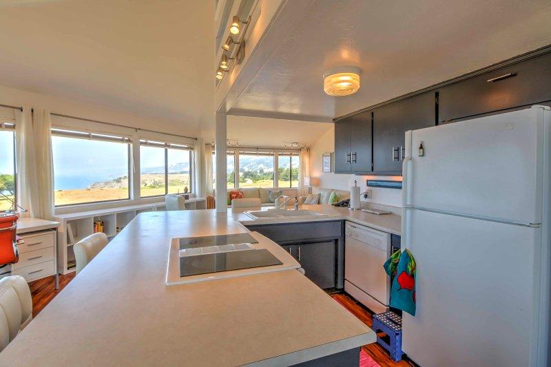 La cocina totalmente equipada es ideal para hacer cualquier comida.