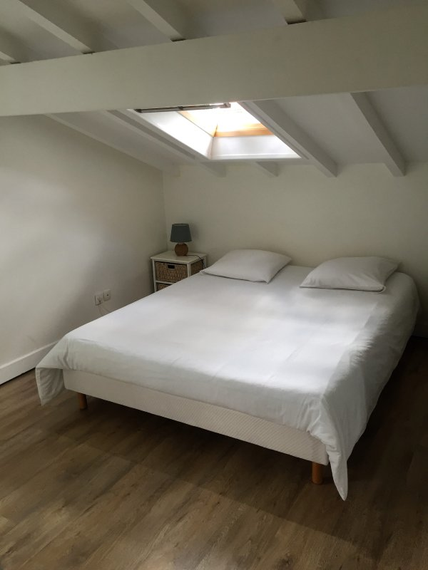 Bedroom with double bed 160