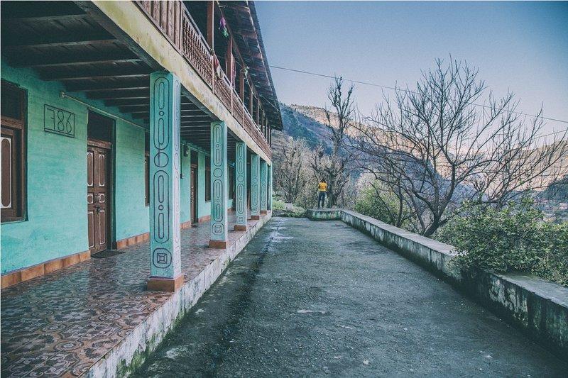 NotOnMap - Rafi's House, holiday rental in Banikhet