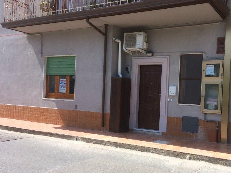 Bruca Casa Vacanze - BRUCA, vakantiewoning in Capo d'Orlando