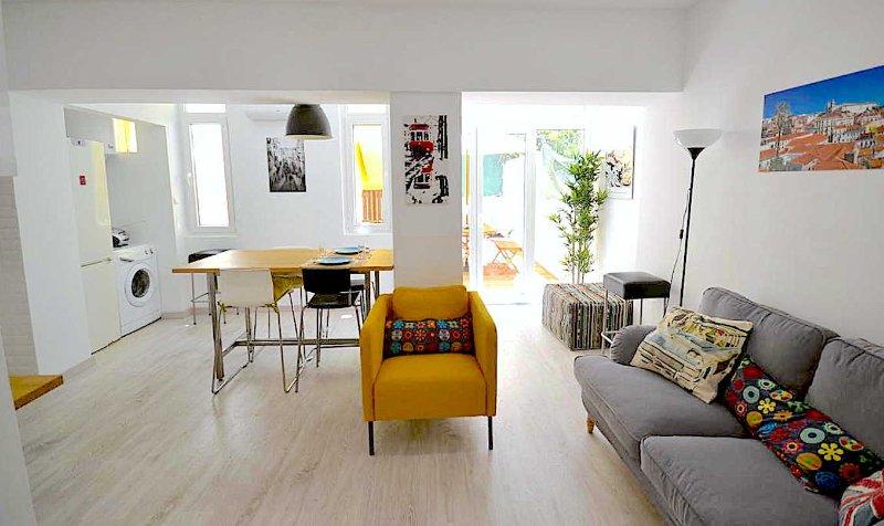 Casa das amoreiras, holiday rental in Montijo