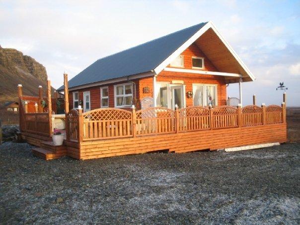 Berghóll - heitur pottur, holiday rental in Reykholt