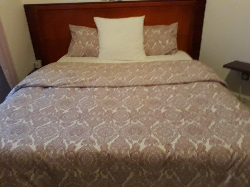 Rey campamento cama