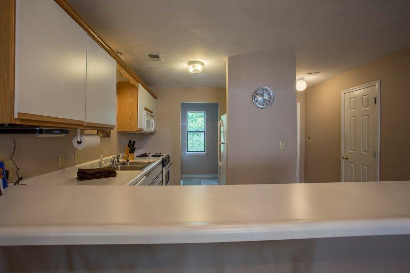 Sink,Oven,Indoors,Room,Kitchen