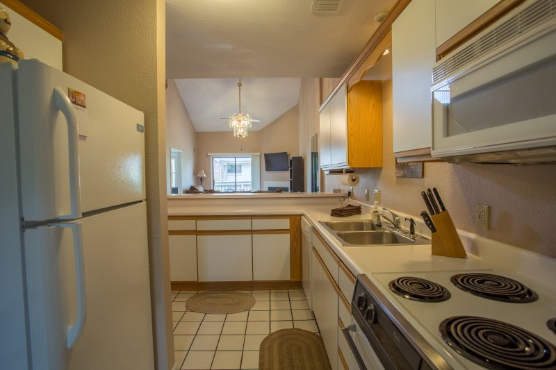 Oven,Indoors,Kitchen,Room,Dining Room