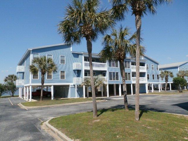 Sea Oats Sun and Fun Condo/ Free Wi-Fi, holiday rental in Gulf Shores