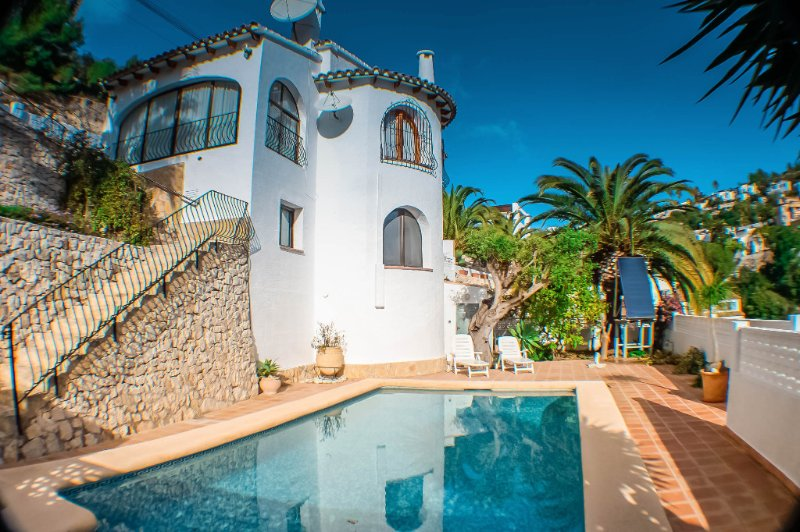 Luz - holiday apartment in peaceful surroundings in Benissa, location de vacances à Benissa