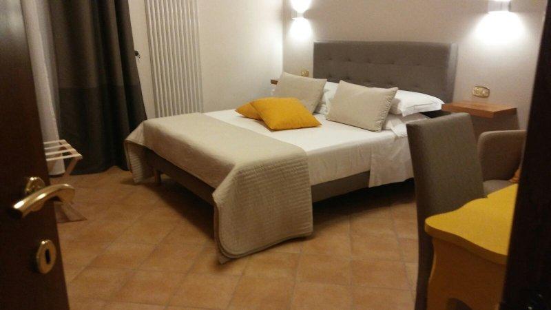 A DUE PASSI Temporary Apartment, alquiler de vacaciones en Province of Barletta-Andria-Trani