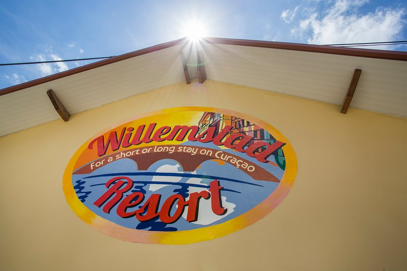 Entrance Willemstad Resort