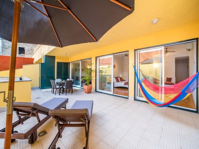 Grande terraço privado (50 m² / 538 SQFT)