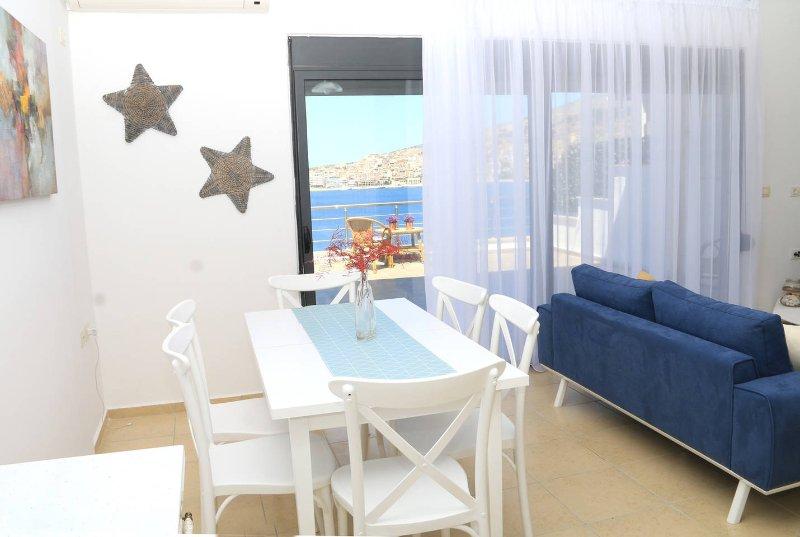 Harito Residence Saranda - Terrace View Apartment, holiday rental in Saranda