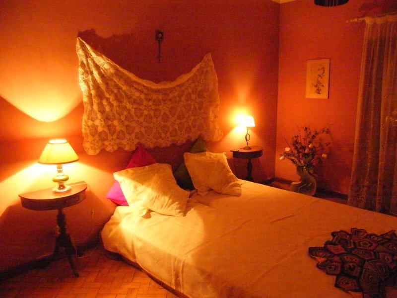 Portuguese Typical House (20min to Lisbon), location de vacances à Amora