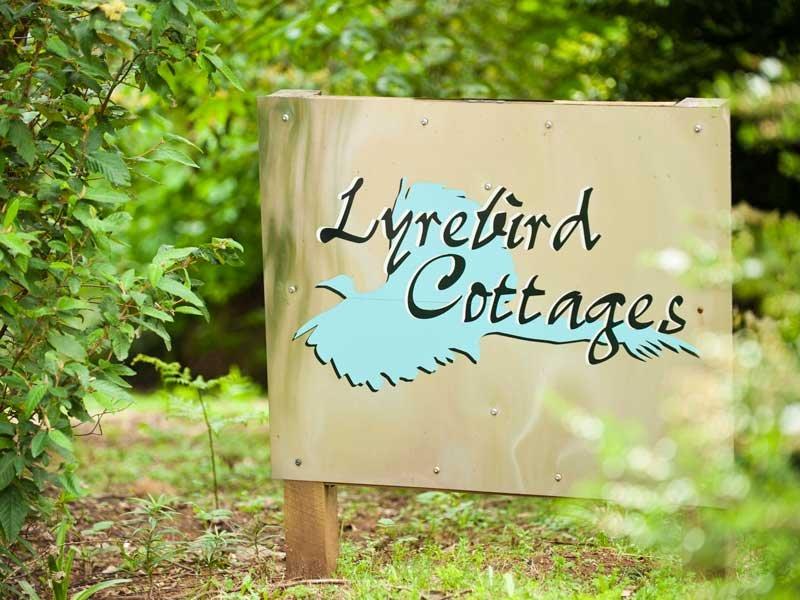 Lyrebird Cottages, holiday rental in Healesville