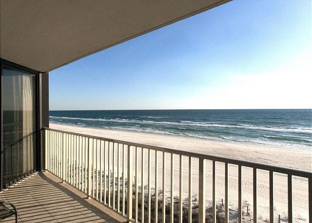2 BR 2 BA AT EDGEWATER BEACH RESORT IN WINDWARD!, holiday rental in Panama City Beach