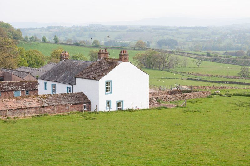 Garthfolds - Splendid 6 bedroom farmhouse with breath-taking views, holiday rental in Great Salkeld