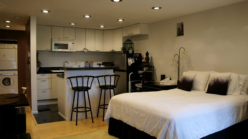 Well appointed and modern studio in an safe and affluent community.