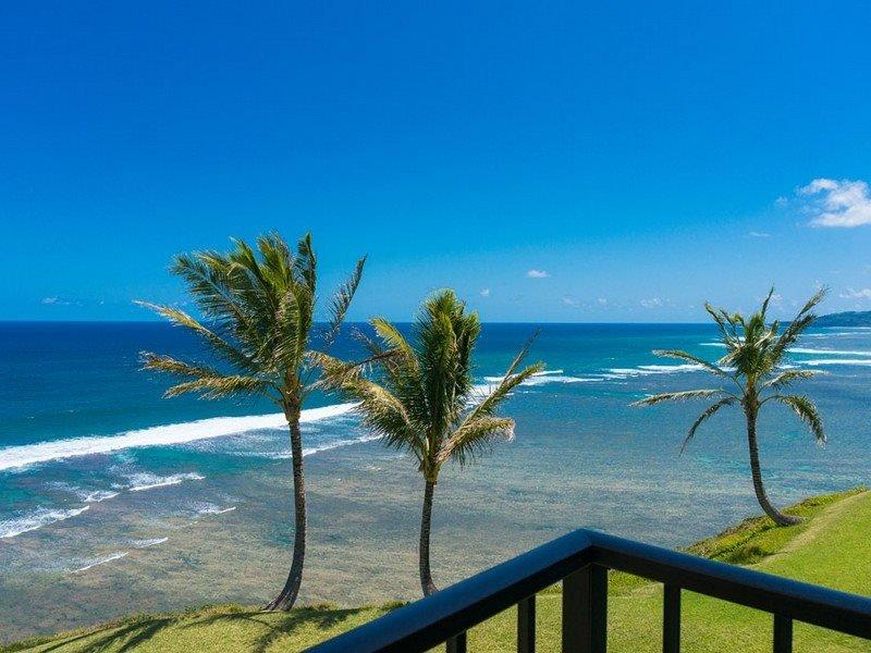 C5: 1 bedroom, 2nd floor, oceanfront, holiday rental in Kauai
