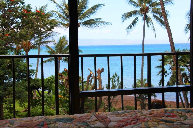 Vista do oceano da cama!