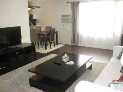 Fully Renovated 2-Bedroom, holiday rental in Beverly Hills