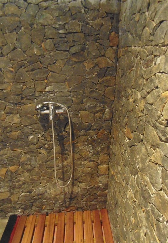 One of the three walk-in showers drystone
