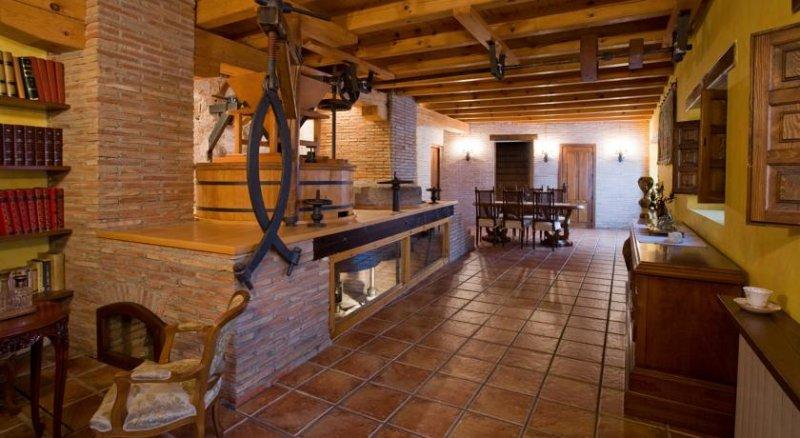 El Molino de la Hiedra, Albeta, Zaragoza, España, vacation rental in Ainzon