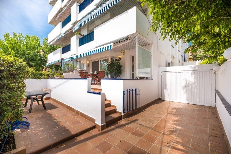 REITEL HLCLUBES VILANOVA APARTMENT HUTB-031157, alquiler de vacaciones en Vilanova i la Geltrú