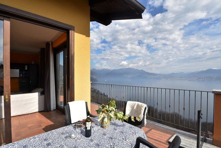 IML1014 Il Vigneto - Oggebbio - Lago Maggiore, holiday rental in Barbe Superiore