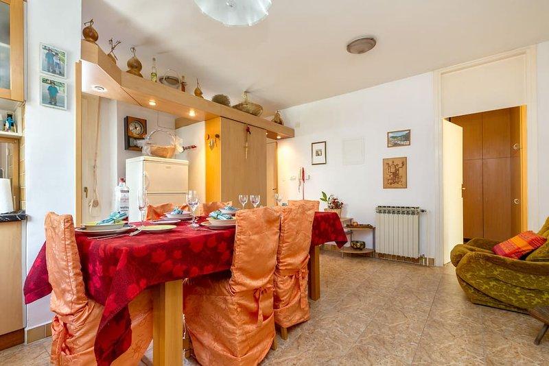 Nosso apartamento é confortável para a sua excelente estadia em Split.