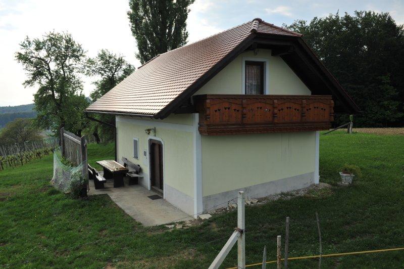 Vineyard Cottage Keglič, location de vacances à Slovenska Bistrica