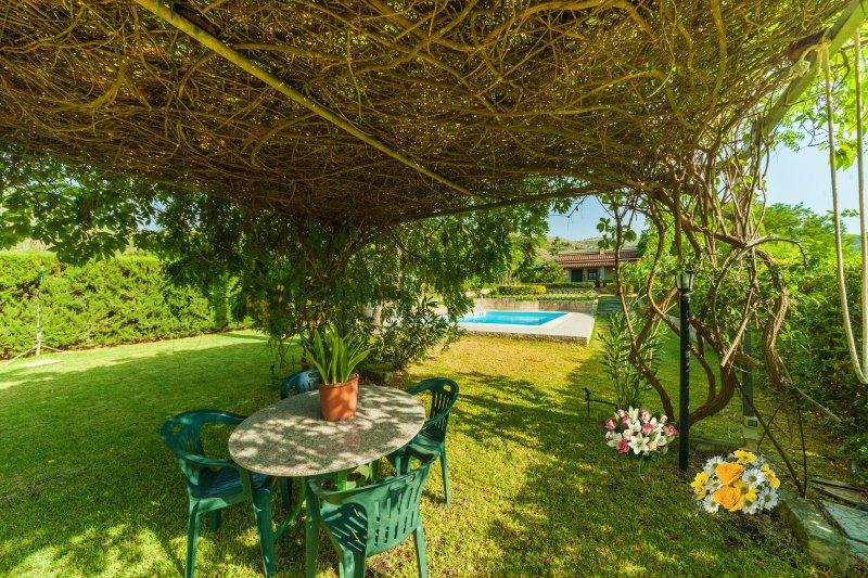 Villa Mamma Arancia, holiday rental in Militello in Val di Catania