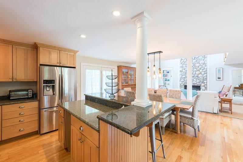 Esta cozinha vai ser tudo novo para 2018, armários personalizados, aparelhos profissionais, coutners pedra
