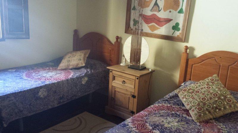 Second bedroom..