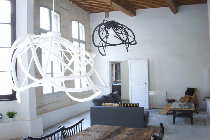 HISTORIC CHARM ; MODERN LUXURY, alquiler de vacaciones en Montpellier