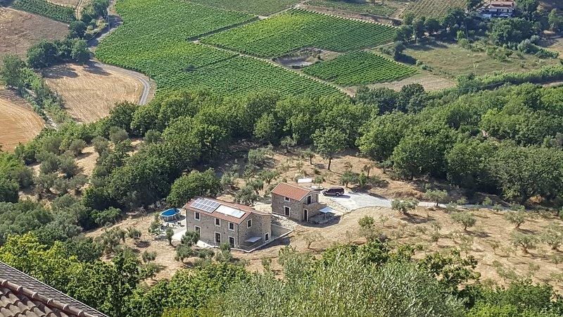 Podere La Starza - Stanza delle incisioni 2, holiday rental in Vatolla