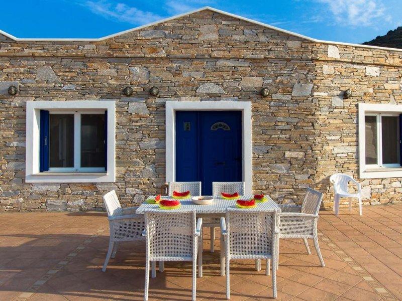 Aegean Villas Ios: Villa Love, holiday rental in Ios