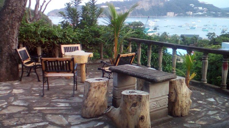 terrasse commune sur la propriété